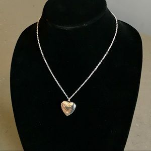 🆕Heart-Shaped Photograph Locket Necklace